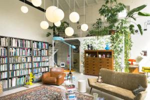Living room with cinema screen in Cinema Flora Photographer Maria Teresa Furnari