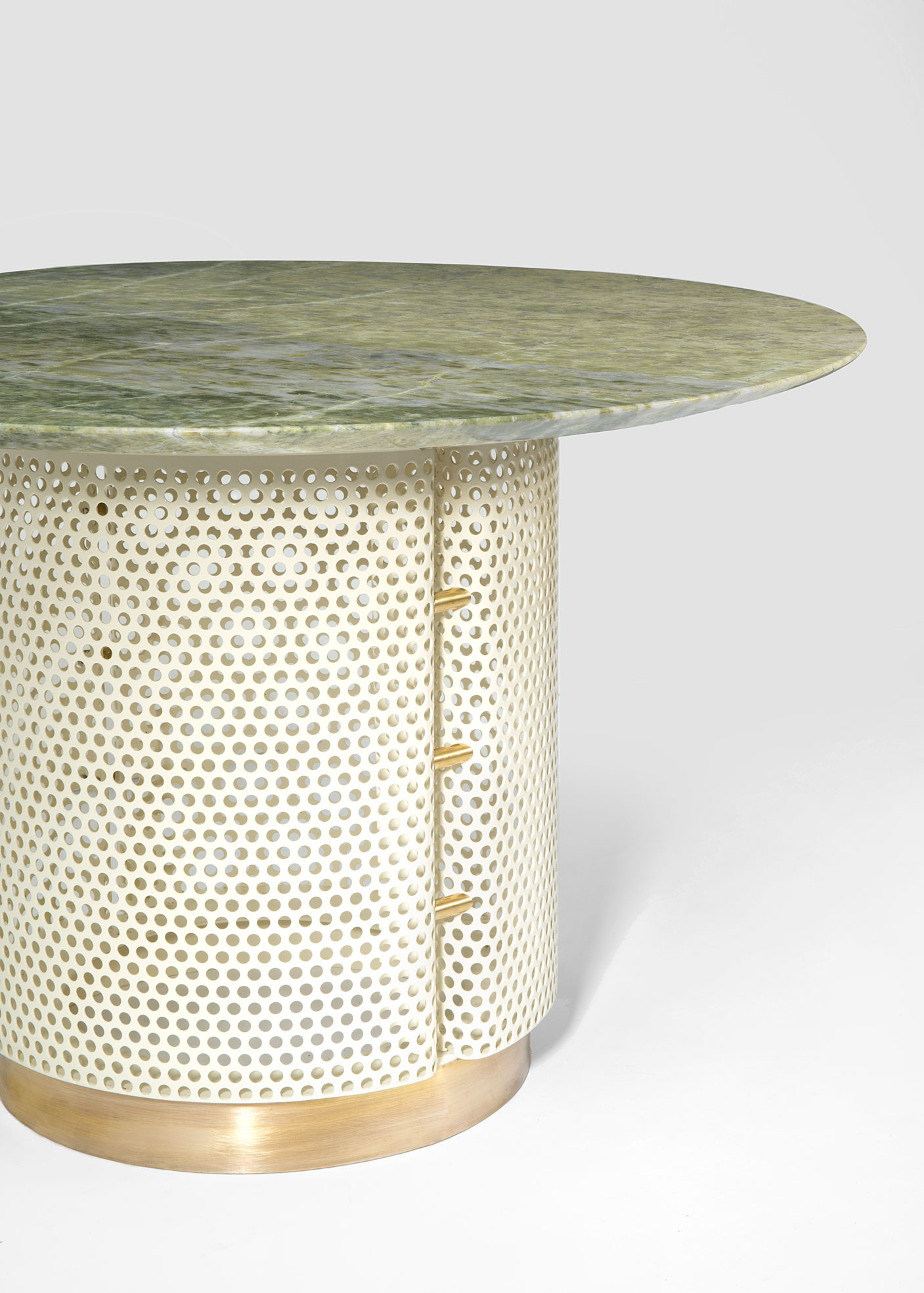 Still life of the Coffee Table of Pois Outdoor Collection Design by Derek Castiglioni Photographer Maria Teresa Furnari