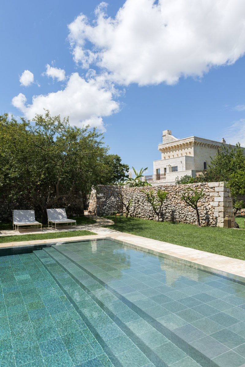 swimming pool at the boutique hotel Masseria Trapanà in Puglia Photographer Maria Teresa Furnari